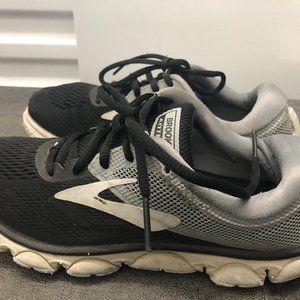 Brooks Anthem Women's Athletic Shoes Size 7.5B
